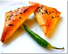 Ízletes háromszögek Watermelon, Fruit, Ethnic Recipes, Food, Essen, Yemek, Eten, Meals