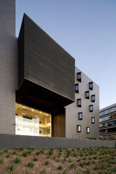 Terraza Offices / Gonzalo Mardones V. Arquitectos