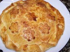 Empanada de Manzana Spanish Cuisine, Spanish Food, Tortilla Recipe, Recipe Sites, Mexican Food Recipes, Wontons, Quiches, Tarts, Pastries