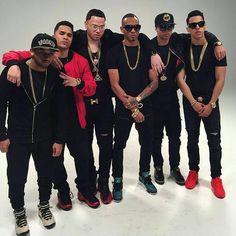 Mis bebessss #juhn #brytiago #noriel #bryanttmyers Bryant Myers, Latin Artists, Homemade Valentines, Tyga, Michael Jordan, Superstar, Daddy, Actors, Mens Fashion