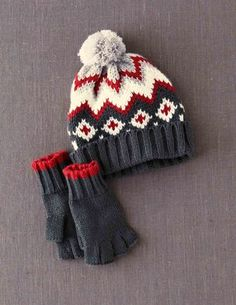 Knitted Hat & Gloves Set
