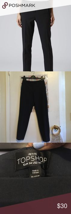 """Topshop Petite Pants 👖 Topshop petites Pants. Perfect for work or job interviews. Best for women 5' 5"""" and under 👸 worn but in perfect condition. Dark navy blue Topshop Pants Trousers"""