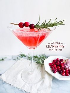 COCKTAIL INGREDIENTS ♦2 ounces of gin ♦1 ounce of cranberry-infused simple syrup ♦1 ounce of vermouth ♦ Fresh cranberries (garnish)