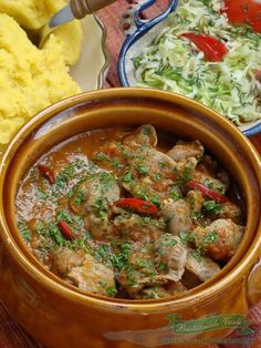 Tocanita din Pipote si Inimioare Healthy Dinner Recipes, Cooking Recipes, Romanian Food, Romanian Recipes, Vegan Meal Prep, Food Obsession, Vegan Thanksgiving, Vegan Kitchen, Ketogenic Recipes