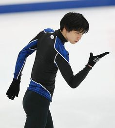 全日本選手権開幕を翌日に控え、練習する羽生結弦=25日、長野市のビッグハット ▼25Dec2014時事通信|羽生らが調整=26日全日本開幕-フィギュア http://www.jiji.com/jc/zc?k=201412/2014122500766 #Yuzuru_Hanyu #Big_Hat_Nagano #Japan_Figure_Skating_Championships_2014 ◆Japan Figure Skating Championships - Wikipedia http://en.wikipedia.org/wiki/Japan_Figure_Skating_Championships