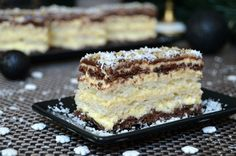 Prajitura Cremissimo Romanian Food, Food Cakes, Coco, Cookie Recipes, Delicious Desserts, Caramel, Bakery, Food And Drink, Sweets