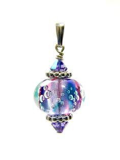Omnipot Furnace -- ヴァレリー(2) トルマリン Lampwork Beads, Christmas Bulbs, Holiday Decor, Christmas Light Bulbs