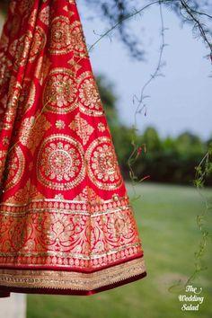 Real Brides Reveal : Where They Shop For Fabrics To Get Outfits Stitched! Wedding Prep, Trendy Wedding, Wedding Goals, Indian Dresses, Indian Outfits, Lehnga Dress, Lehenga Choli, Sabyasachi, Indian Bridal Lehenga