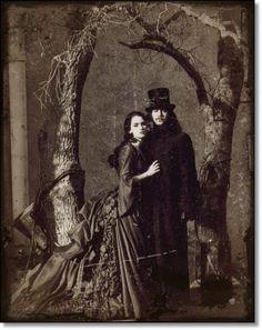 Gary Oldman & Winona Ryder in Dracula