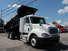 USED 2009 FREIGHTLINER COLUMBIA T/A STEEL DUMP TRUCK FOR SALE #DUMPTRUCK Dump Trucks For Sale, Double Bunk, Heavy Construction Equipment, Logging Equipment, Commercial Vehicle, Tow Truck, Tandem, Growing Vegetables