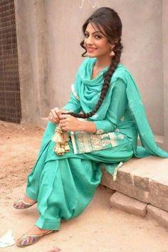 Group Of Punjabi Girl Wallpaper 2012