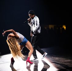 Tonight is the first of the last ten shows of OTRII. Feeling thankful for all of the love from our fans around the world. New Orleans, you ready? Let's go get em! Cute Celebrities, Celebs, Beyonce Instagram, Carter Family, Beyonce And Jay Z, Beyonce Beyonce, Couple Aesthetic, Beyonce Knowles, Queen B