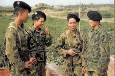 Indochine, Vietnam War Photos, French History, Korean War, Soldiers, Camo, Empire, China, Modern