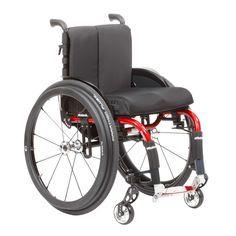 """A cadeira de rodas Ventus Ottobock é totalmente configurável para uso ativo, com estrutura feita sob medida para proporcionar versatilidade no dia a dia. Ela é uma companheira realmente onipresente e confiável para a sua vida cotidiana!Com uma estrutura de apenas 11kg, a Ventus Ottobock é um """"peso-leve"""". Além disso, as rodas traseiras podem ser retiradas e o encosto dobrado para frente para facilitar o transporte. Sem as rodas, a estrutura pesa apenas 8kg!Os ajustes podem ser facilmente…"""