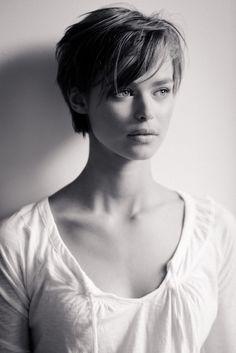 beautyeternal:    Birgit Kos - Added to Beauty Eternal - A collection of the most beautiful women on the internet.  drippingblue:    Birgit Kos