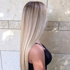 The 74 Hottest Blonde Hair Looks to Copy This Summer Blonde Hair Looks, Blonde Hair Makeup, Brown Blonde Hair, Hair Color Balayage, Blonde Balayage, Hair Highlights, Baliage Hair, Blonde Hair Inspiration, Coiffure Hair
