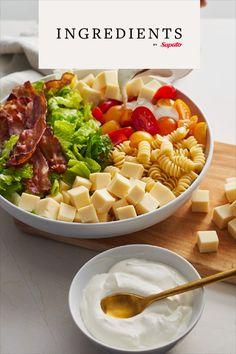 BLT Pasta Salad with Sour Cream Dressing Recipe Cheese Recipes, Salad Recipes, Cooking Recipes, Healthy Recipes, Blt Pasta Salads, Tomato Salad, Tomato Sandwich, Bacon, Recipes