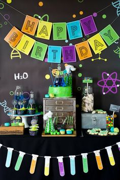 Looking for an out of this world science bash? This Scientist Themed Birthday Party at Kara's Party Ideas is filled with tons of inspiration! Mad Science Party, Mad Scientist Party, Neon Science, Science Cake, Crazy Scientist, Science Gifts, Earth Science, Dessert Table Birthday, Birthday Party Themes