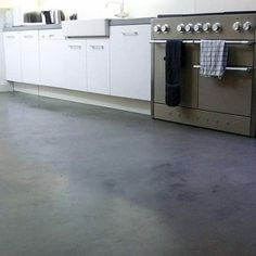 Like the idea of concrete/ resin flooring or for walls in kitchen and bathroom - bang on trend.