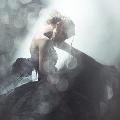 black swan - 2, photography by Eugenia Kirikova