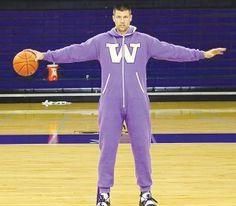 Issaquah Press writes about the University of Washington Swagga Suit!