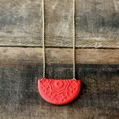 This pendant is one-of-a-kind and unique but oh-so-easy to make. See how on the blog!
