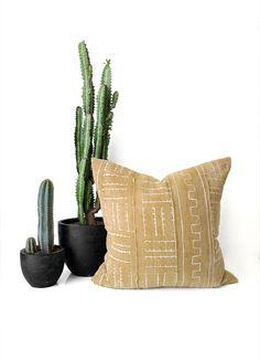 Gold Mudcloth Pillow, Gold Mudcloth, Mudcloth Pillow, Boho Pillow, Throw Pillow, Vintage Pillow, Boho Decor, Tribal Pillow, Gold Pillow