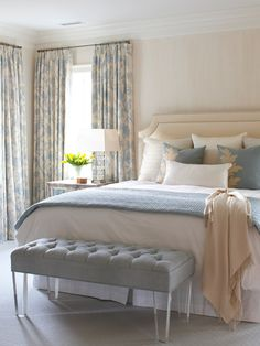 Bedroom Design, Pictures, Remodel, Decor and Ideas - THIS LOOKS LIKE IT IS THAT FABRIC WITH THE BIRDS IN BLLUE