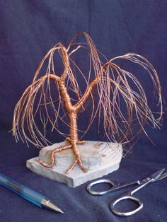 Miniature Wire Bonsai Tree Sculpture Handmade DIY Willow 05-2