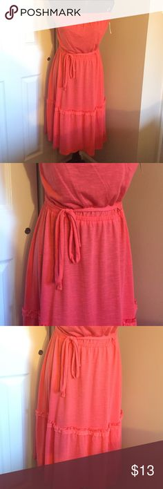 NWT Peachy Pink Sundress Strapless, elastic waist with optional tie Dresses Strapless
