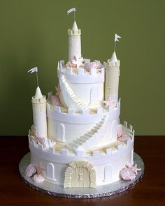 #weddingcake #wedding #castle