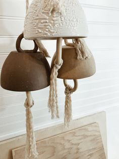 ceramic bells how to make Ceramic Pottery, Ceramic Art, Biscuit, Bell Design, Wooden Coat Rack, Cloche, Clay Ornaments, Diy Arts And Crafts, Clay Crafts