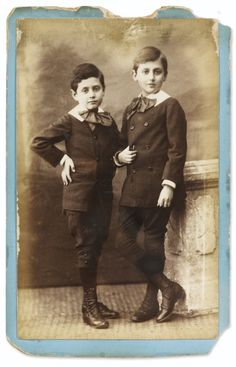 Studio Hermann & Cie MARCEL ET ROBERT PROUST ENFANTS. [VERS 1882] PHOTOGRAPHIE ORIGINALE. Estimate  2,000 — 3,000  EUR  LOT SOLD. 5,000 EUR (Hammer Price with Buyer's Premium)