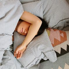 6 Nightly Techniques to Help You Fall Asleep Fast, According to Sleep Experts