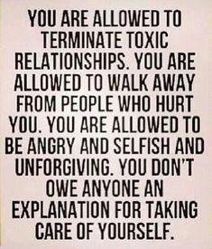 """... Wobei """"toxic"""" für mich ein starkes Wort ist. Im Bezug aufs Zwischenmenschliche bezeichne ich so Beziehungen, die nicht nur von Aggressionen geprägt sind, sondern auch von Blockaden. Wenn man nicht mehr miteinander reden kann, dann sollte man sich trennen, finde ich."""