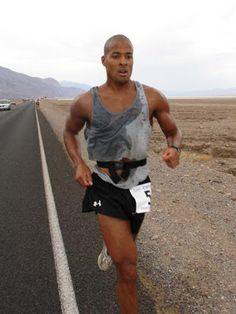 David Goggins, Athlete Motivation, Hopelessly Devoted, In Pursuit, Navy Seals, Special Forces, People Quotes, Cross Training, Kobe