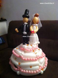 Clownbiba.nl; bruidstaart van ballonnen