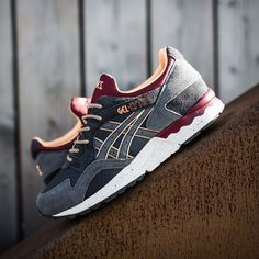 Discover the Authentic Asics Gel Lyte 5 Womens Cyber Monday Deal group at Pumafenty. Shop Authentic Asics Gel Lyte 5 Womens Cyber Monday Deal black, grey, blue and more. Get the tones, gat what is coming to one the features Puma Sports Shoes, Cheap Puma Shoes, Gel Lyte 5, Asics Gel Lyte, Cyber Monday, Puma Original Shoes, Puma Shoes Online, Air Jordans Women, Slippers