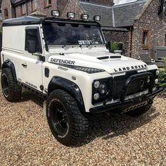 Image may contain: outdoor Land Rover Defender 110, Defender 90, Landrover Defender, Nissan Patrol, Pick Up, Land Rover Car, Van Conversion Interior, Vintage Jeep, Land Rover Discovery Sport
