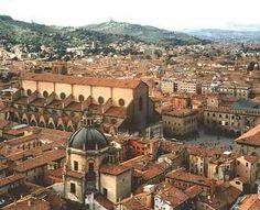 Bologna, Italia...my home next year!