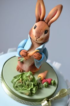 Peter Rabbit and friends 1st birthday cake