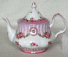 ٠•●●♥♥❤ஜ۩۞۩ஜஜ۩۞۩ஜ❤♥♥●   pretty Pink Stripe Tea Pot  ٠•●●♥♥❤ஜ۩۞۩ஜஜ۩۞۩ஜ❤♥♥●