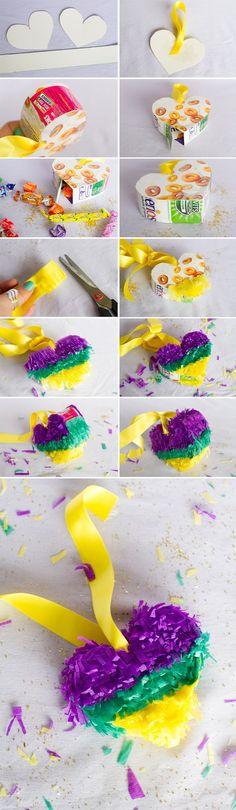 Mini heart pinata DIY Tutorial how to make a pinata wedding diy mexican wedding fiesta cinco de mayo fun (de mayo wedding) Fun Crafts, Diy And Crafts, Crafts For Kids, Paper Crafts, Mini Pinatas, Pinatas Diy, Papier Kind, Festival Themed Wedding, Mexican Party