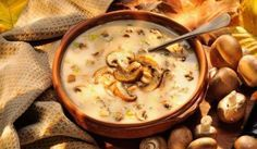 Make it a comfort food night with this Cream of Mushroom Soup recipe - it's hearty, easy and goes great with our Barber Foods Cordon Bleu stuffed chicken. Creamy Mushroom Soup, Mushroom Soup Recipes, King Mushroom, Mushroom Broth, Creamed Mushrooms, Stuffed Mushrooms, Stuffed Peppers, Barber Foods, Healthy Cooking