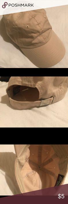 Beige Cap BEIGE BASEBALL CAP WITH ADJUSTABLE BACK STRAP, EXCELLENT CONDITION Accessories Hats