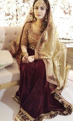Gharara Idea #vevefashion Pakistani Wedding Outfits, Pakistani Wedding Dresses, Pakistani Dress Design, Bridal Outfits, Nikkah Dress, Bridal Mehndi Dresses, Bridal Lehenga, Lehenga Choli, Anarkali