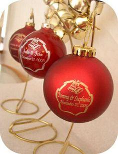 Acrylic and Glass Wedding Favors for Christmas Christmas Wedding Favors, Wedding Ornament, Christmas Bulbs, Holiday Decor, Glass, Christmas Wedding Favours, Christmas Light Bulbs, Drinkware, Corning Glass