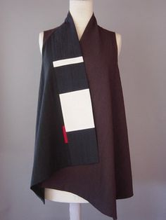 Long Round Neck Vest in Black and White