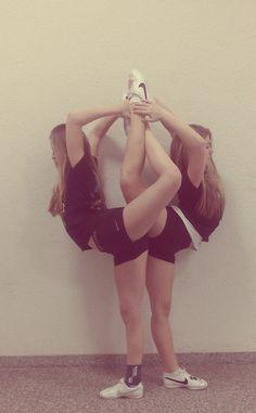 #cheer #cheerleading #cheerleader.....people think cheer is easy.....dose this look easy ??