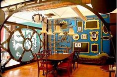 nautical steam punk room with eye window